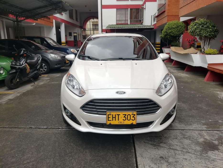 Ford Fiesta  2017 - 12971 km
