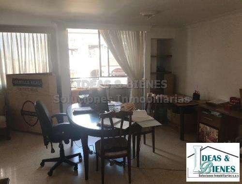 Apartamento En Venta Medellín Sector Laureles: Código 762241