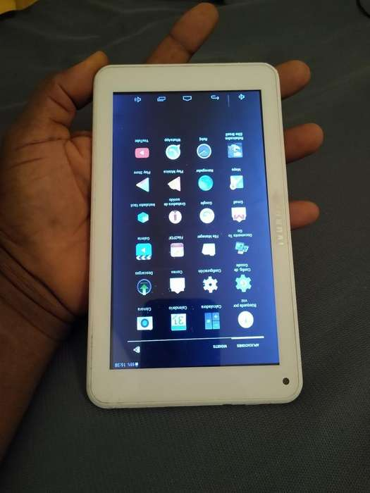 Vendo Hermosa Tablet Marca Hiunday de 8
