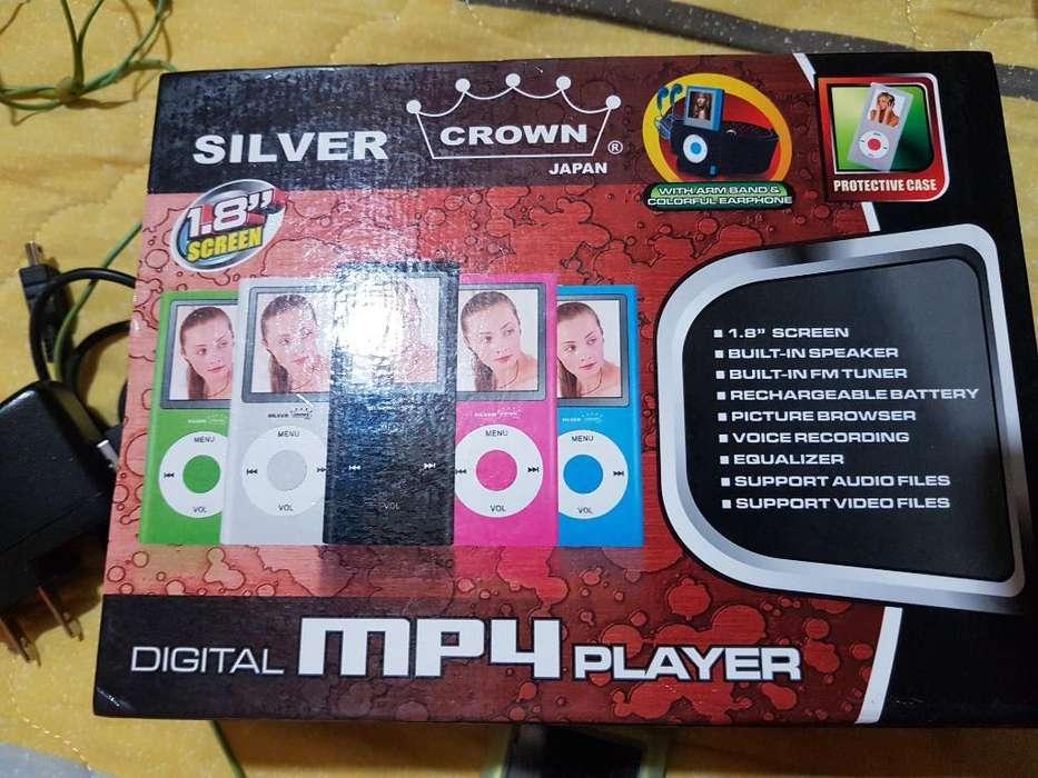 Mp 4 Silver Crown Player