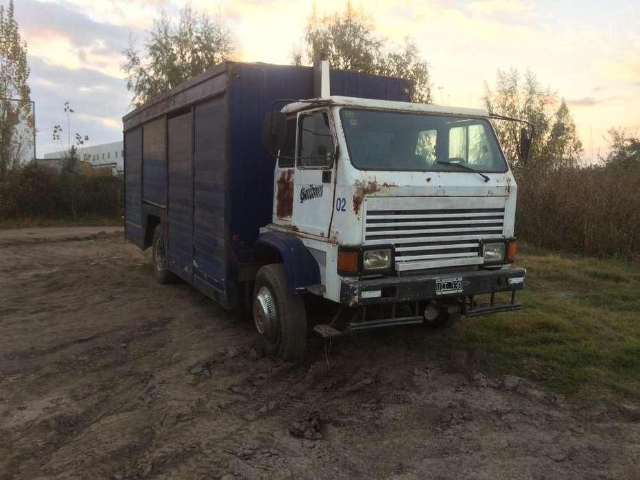Vendo o permuto Camion Grosspal G-660