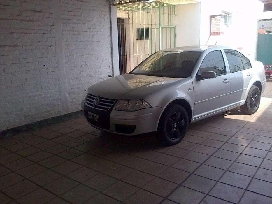 Volkswagen Bora 2010 - 86000 km