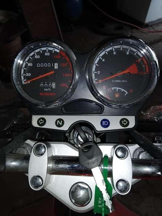 Vendo moto suzuki 125 0km