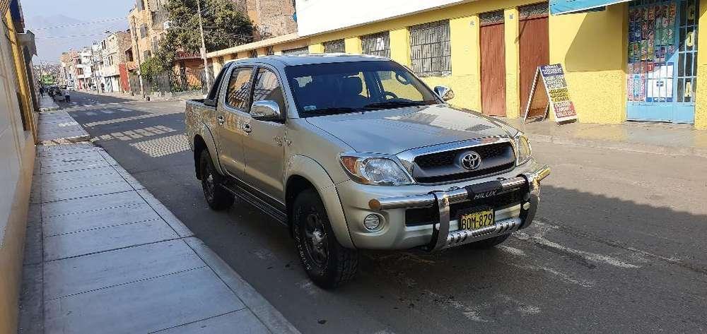 Toyota Hilux 2014 - 75600 km