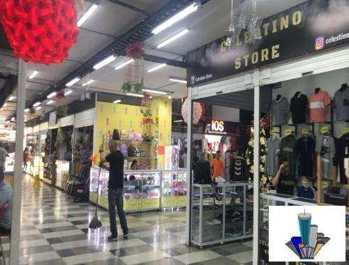 Local en centro comercial Código 785910