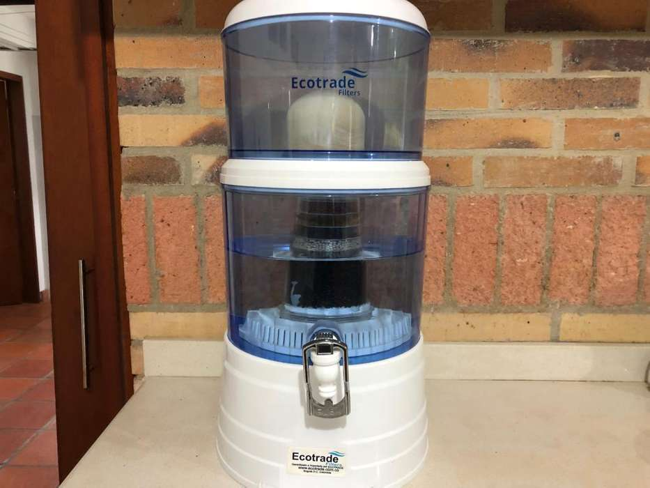 Purificador de Agua Ecotrade 14 Litros