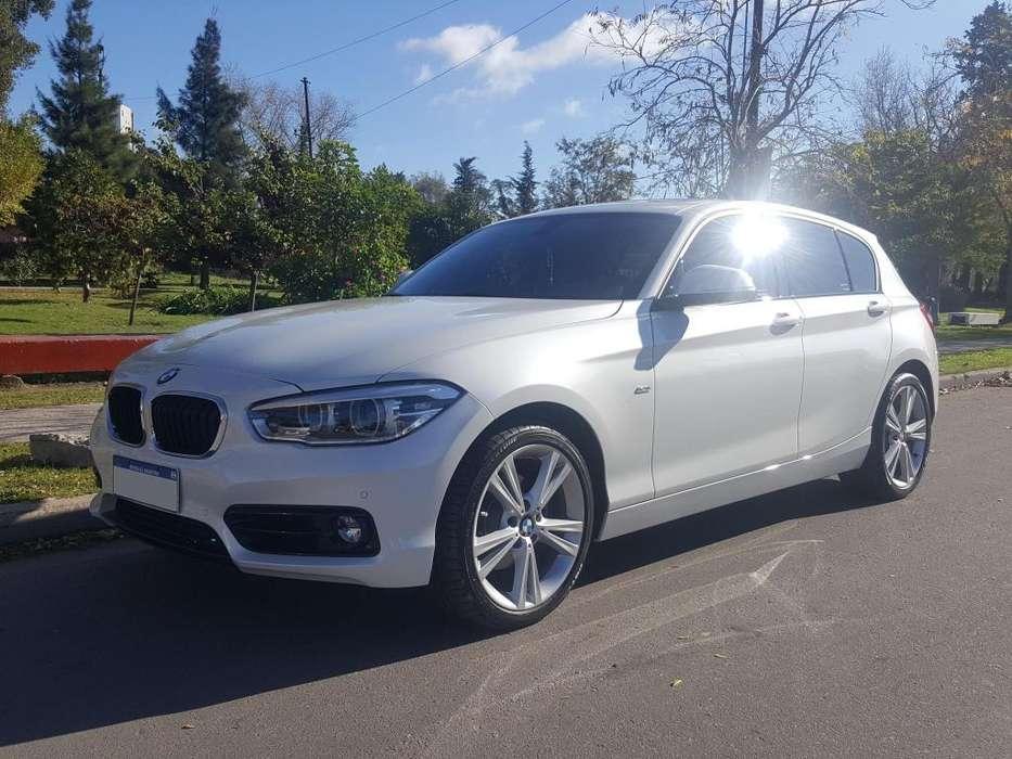BMW Série 1 2017 - 2200 km