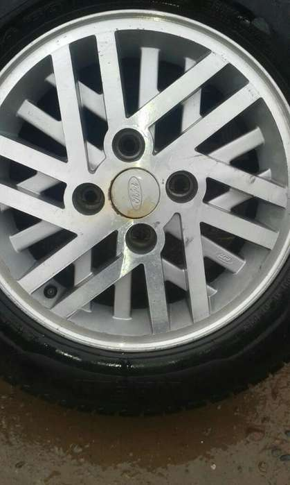 Llantas 14 Ford