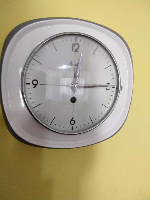 7d873139bdc5 Reloj Pared Antiguo segunda mano Mar del Plata