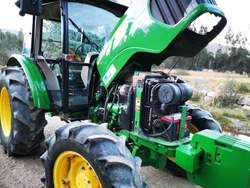 Tractor John Deere 5725 4x4 Cel969603270