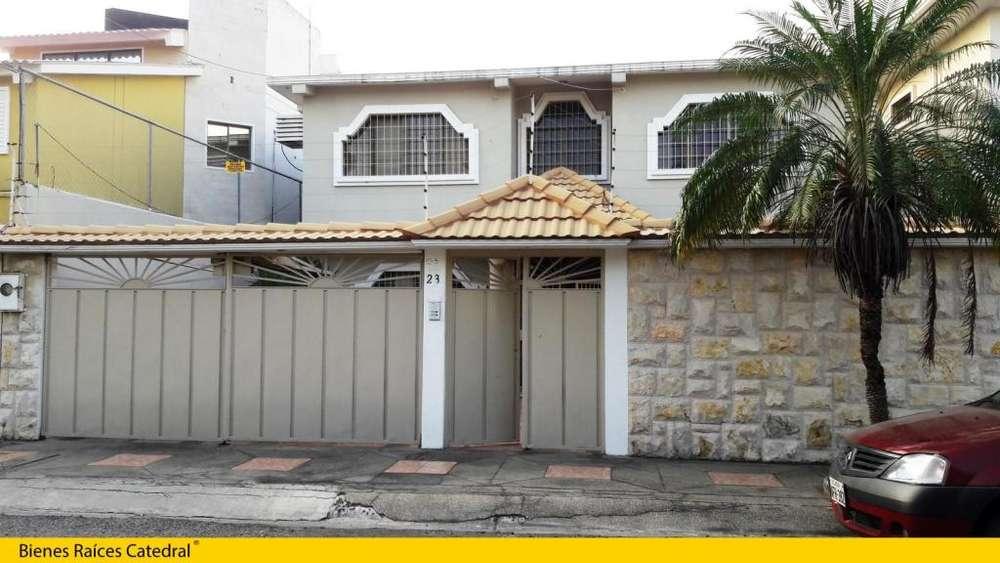 Casa de venta en Vía a la Costa - Cdla. Puerto Azul – código:13072