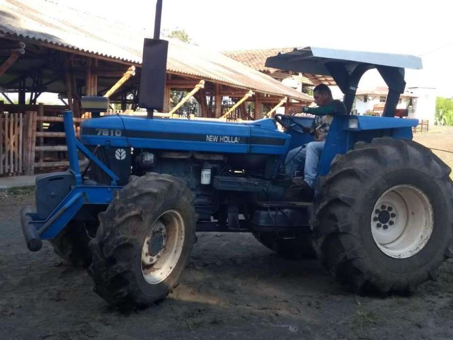 Tractor NEW HOLLAND 7810