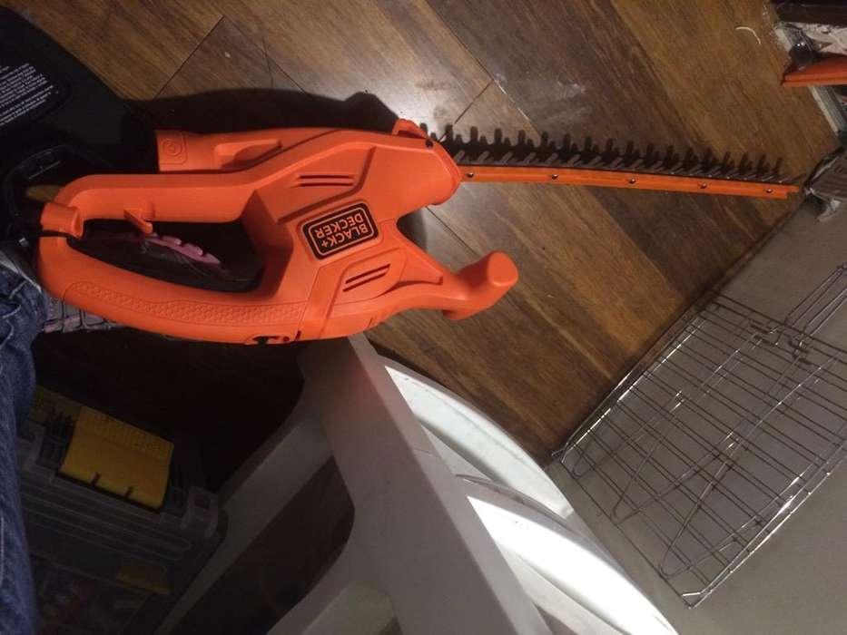 Cortasetos Black &Decker Electrico