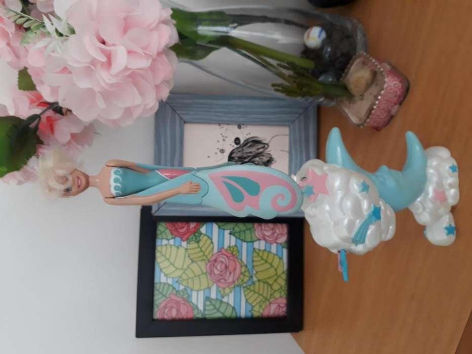 Muneca Voladora a Cuerda Barbie