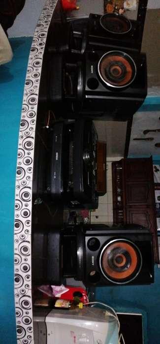 Vendo Lindo Equipo D Sonido Sony