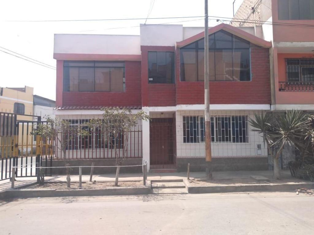 VENDO HERMOSA CASA DOS PISOS EN ESQUINA URB. EL PACIFICO S.M.P.