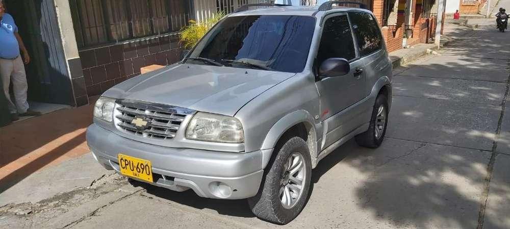 Chevrolet Grand Vitara 2007 - 116840 km