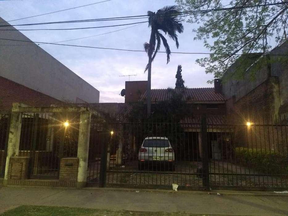 Alquilo Casa Zona Parque 9 de Julio