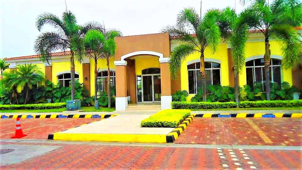 alquiler departamento amoblado Urb central park UESS samborondon Guayaquil