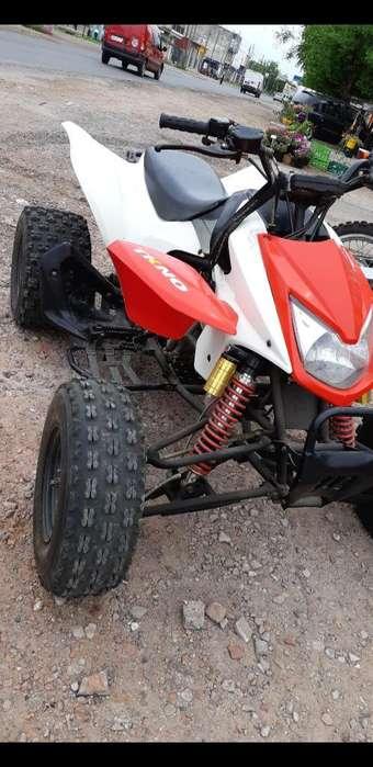 Cuatriciclo Blackstone 250cc