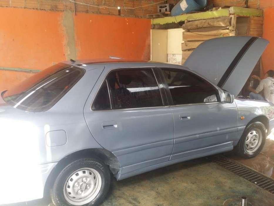 Hyundai Elantra 1994 - 1111 km