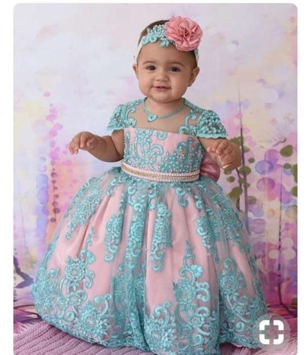 Hermoso Vestido para Princes 4 a 8 Meses