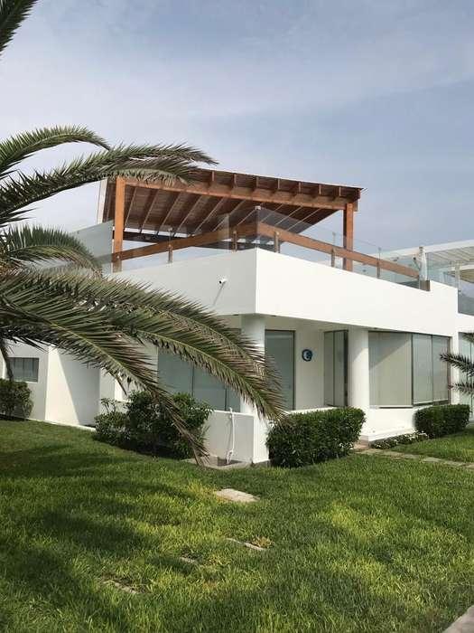 Venta de Casa de Playa en Condominio Club Playa Las Gramas