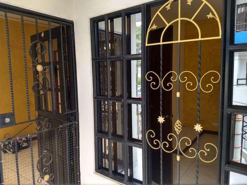 Casa En Arriendo En Cali Ciudad Córdoba Cod. ABGAR732