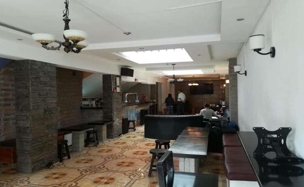 La Mariscal, casa comercial en venta, 12 habitaciones, 426 m2