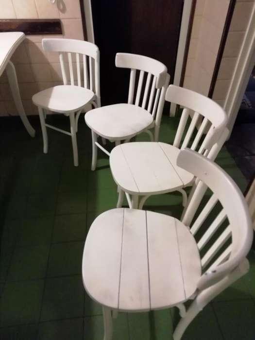 Vendo 4 sillas Thonet