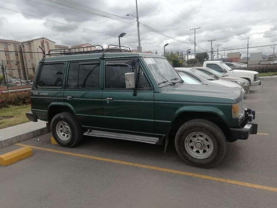 Mitsubishi Montero 1996 - 24000 km