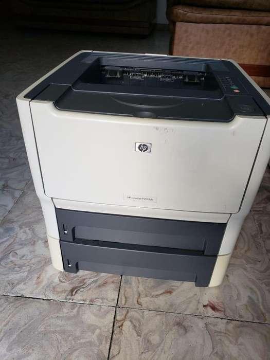 Impresora Laser - HP LaserJet P2015x