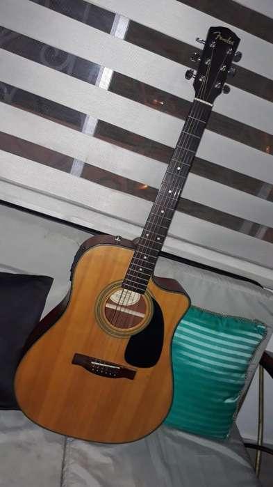 Guitarra Fender Cd-100 con Estuche!