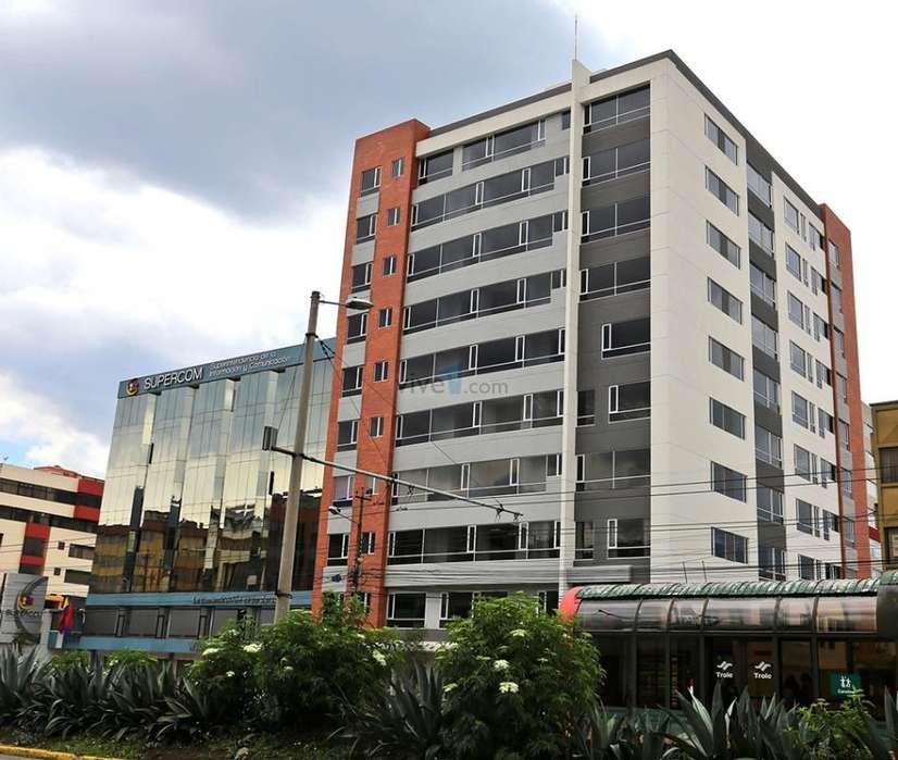 Quito, Vendo Elegante Departamento Nuevo, Edificio Plaza 10, de 3D y 2B, 76 mts2, cerca del parque La Carolina
