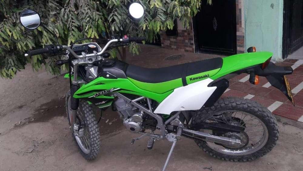 moto <strong>kawasaki</strong> klx 150