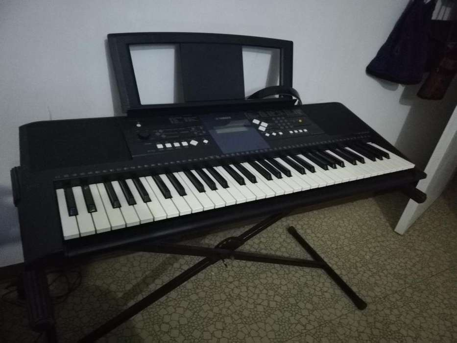 Piano Yamaha Perfecto Estado