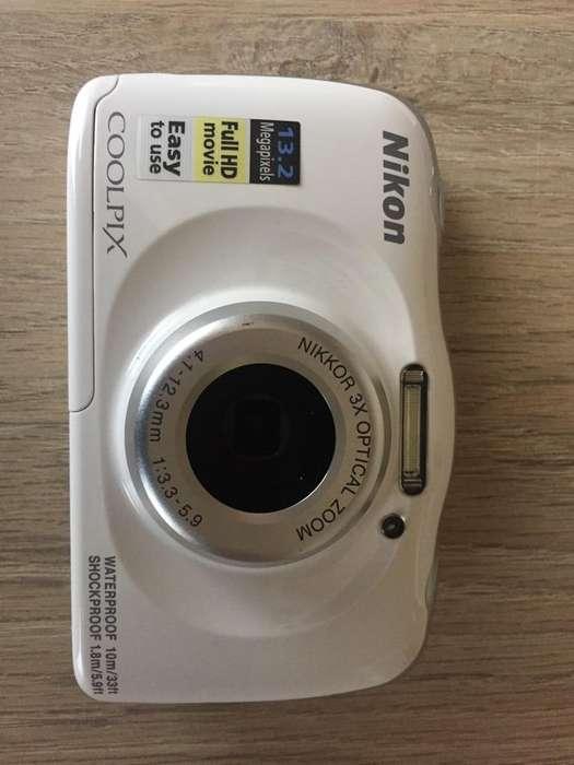 Camara Nikon Coolpix W100 para agua