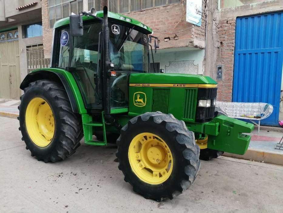 Tractor Agrícola John Deere 6400