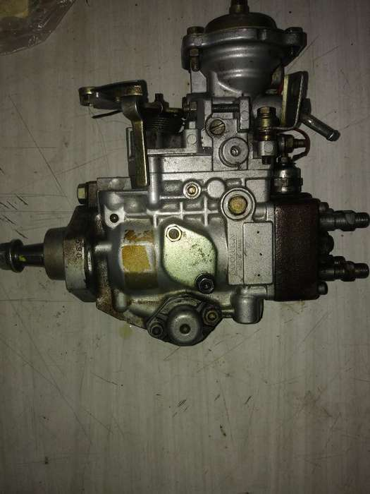 Misubisi Hyudai H1 (bomba Mecanica)