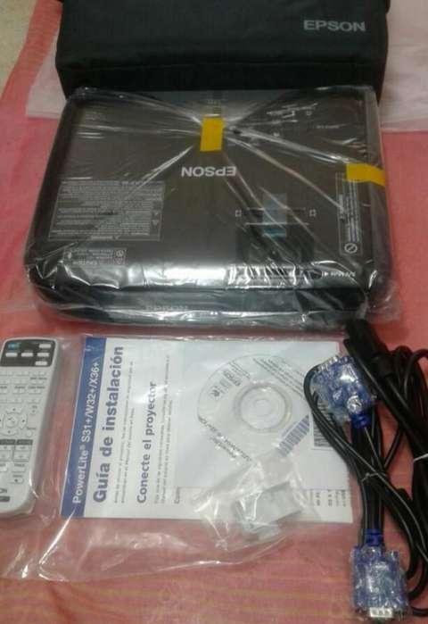 Proyector Epson S31 Nuevos de Paquete
