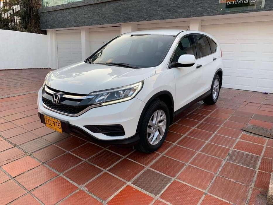 Honda CR-V 2015 - 25000 km