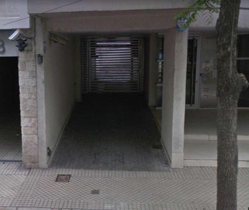 Cochera en alquiler en Tucumán y Oroño