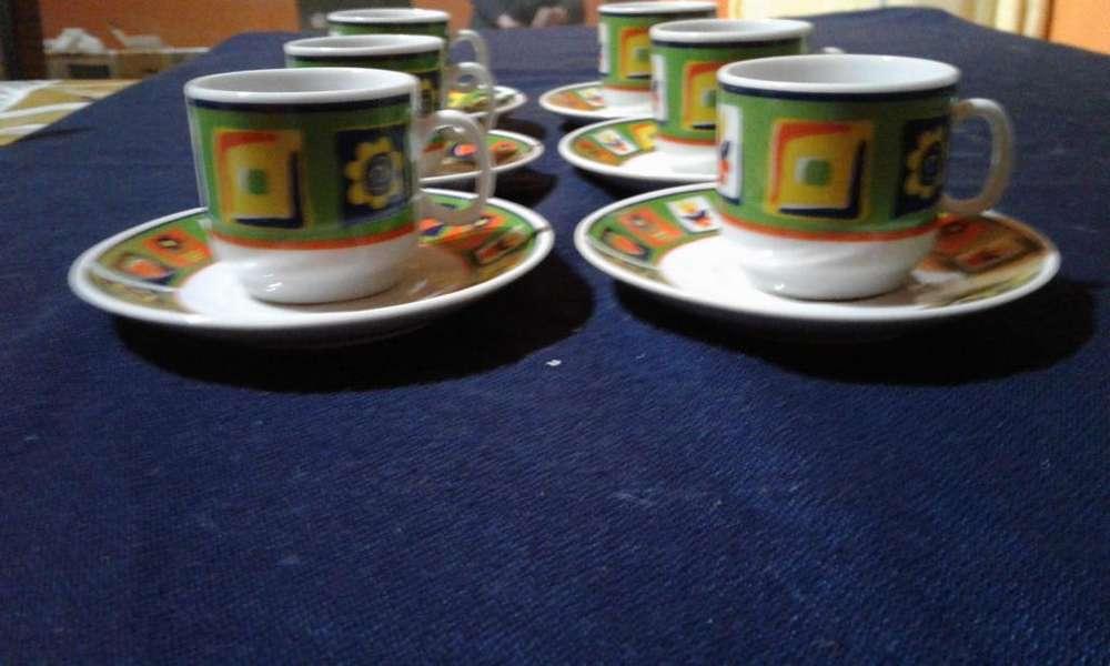 Nuevo!!! Vendo hermoso juego de pocillos de café