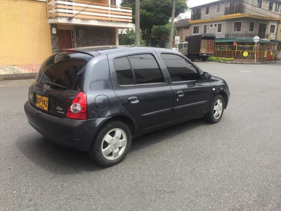 <strong>renault</strong> Clio  2011 - 58000 km