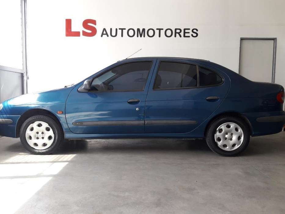 <strong>renault</strong> Megane  2002 - 200000 km