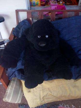 Mono de peluche grande 1 mt. esta lavado y desodorizado