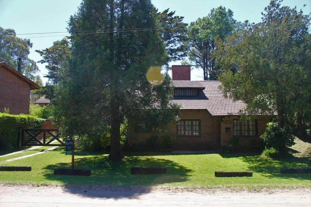 Ref: 8066 - Casa en alquiler - Pinamar, Zona Bosque