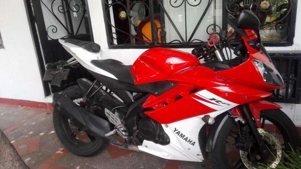 Se vende <strong>yamaha</strong> R15 modelo 2013