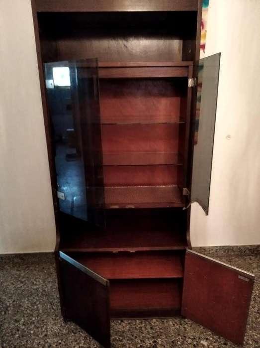 Mueble 6 estantes, 1.85 cm por falta de uso