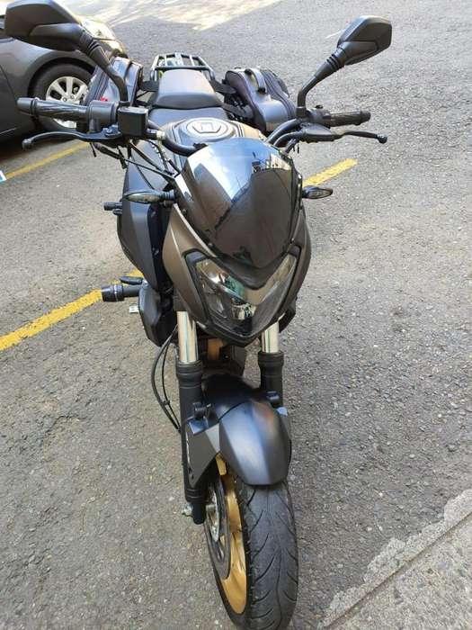 SUPER GANGA VENDO MOTO DOMINAR 400 CASI <strong>nueva</strong>